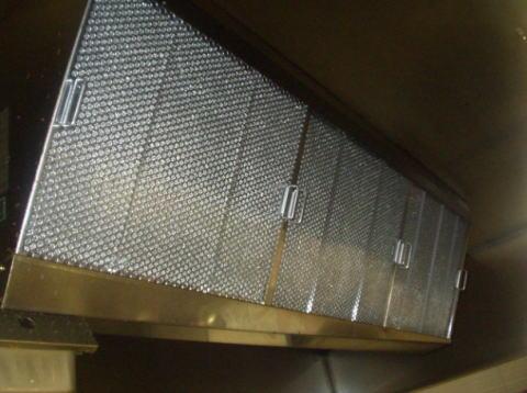 厨房用高性能グリスフィルターレンタルシステムのご提案